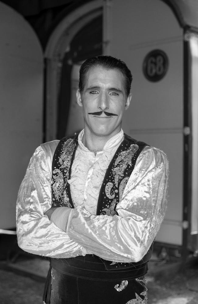 Ungarischer Zirkusartist, 2015