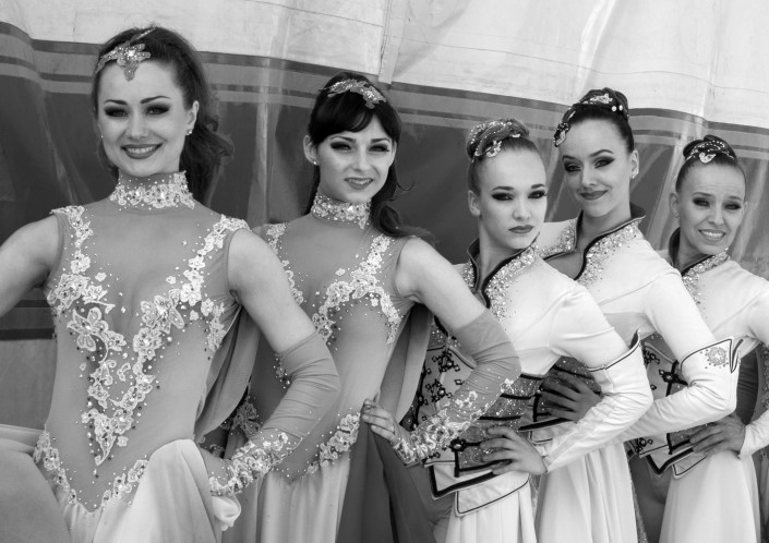 Zirkus-Dressurreiterinnen, 2015