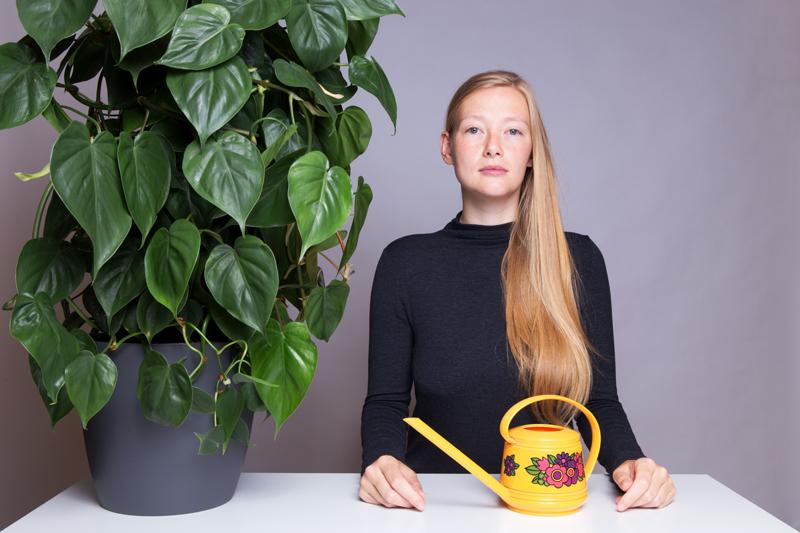 Anleitung - Eine Pflanze gießen - How to water a plant